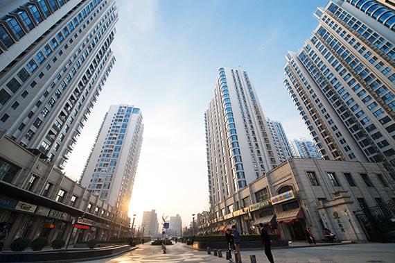 2016-10-10-1476103261-3293106-Skyscrapers.jpg