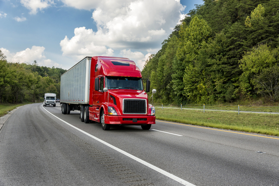 2016-10-13-1476373108-8333598-CLEN_Truck_km_RF.jpg