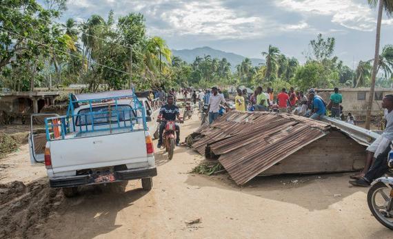 2016-10-13-1476373530-2007608-Haiti4.jpg