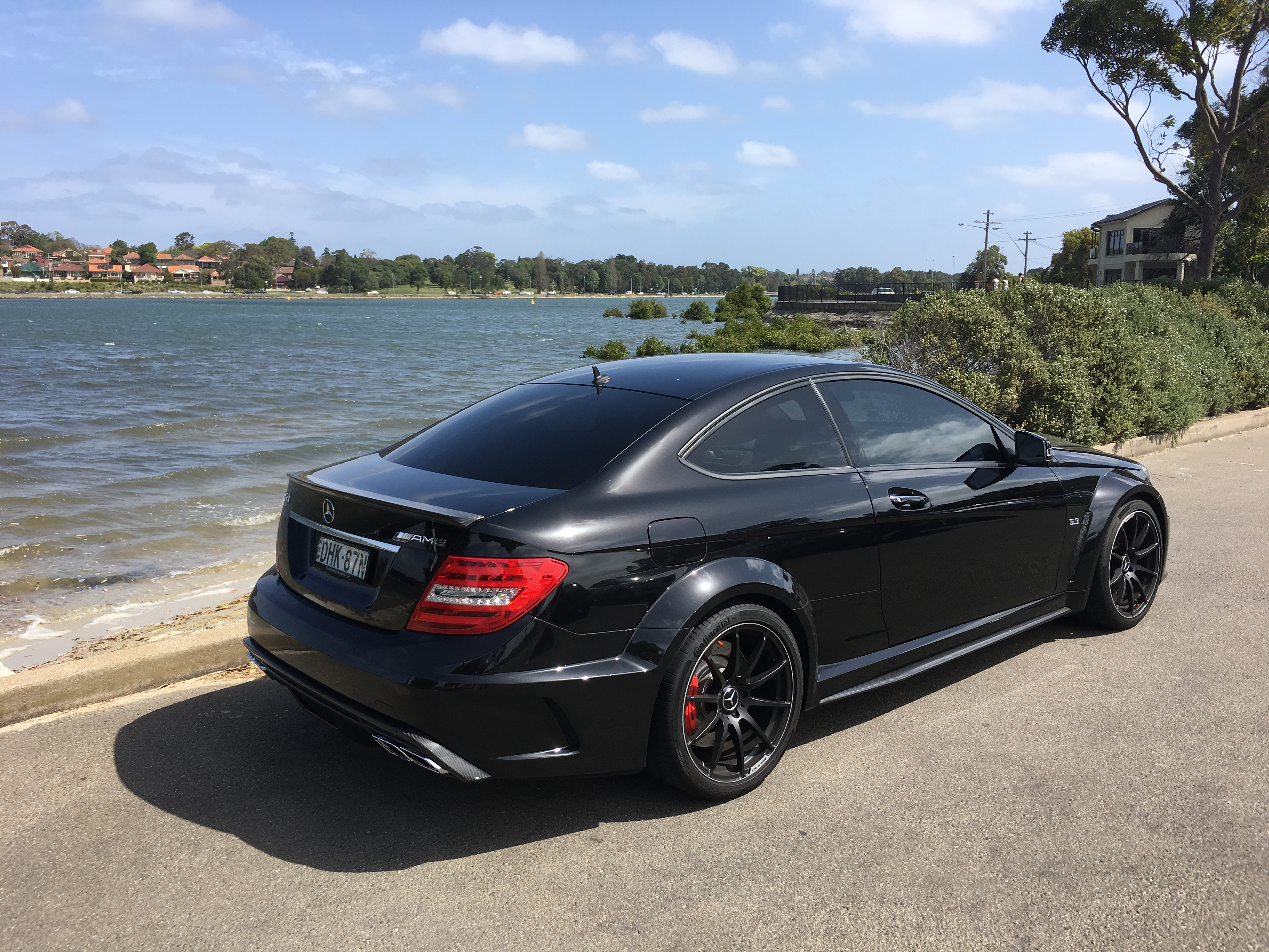 mercedes amg c63 vs bmw m3 v8 huffpost. Black Bedroom Furniture Sets. Home Design Ideas