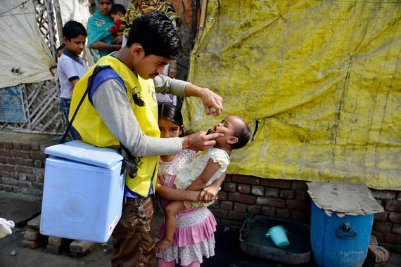 2016-10-17-1476712860-6797681-polio2.jpg