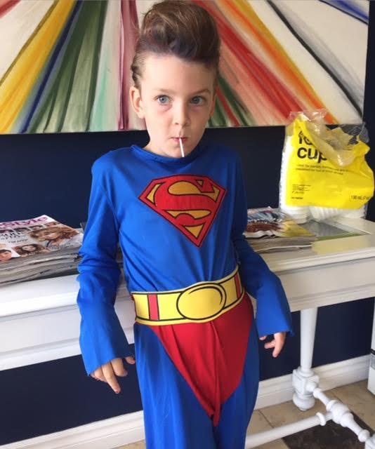 2016-10-20-1476988718-1389936-supergirl.jpg