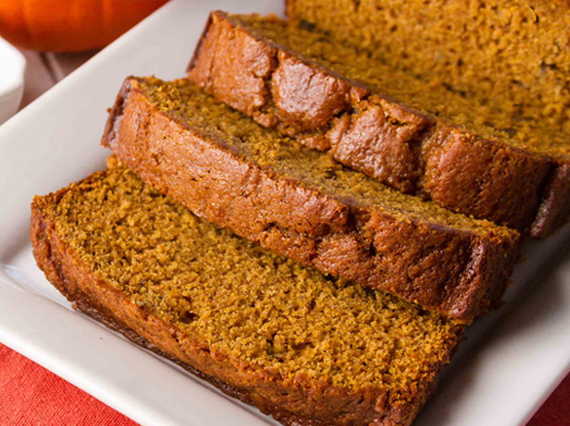 2016-10-22-1477131839-7257152-pumpkinbread1.jpg