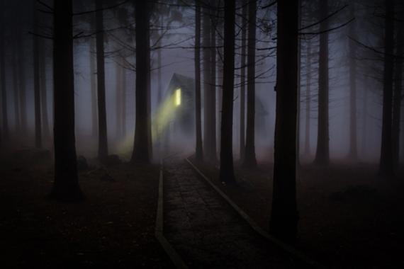 2016-10-26-1477494715-9944683-hauntedhalloween.jpeg