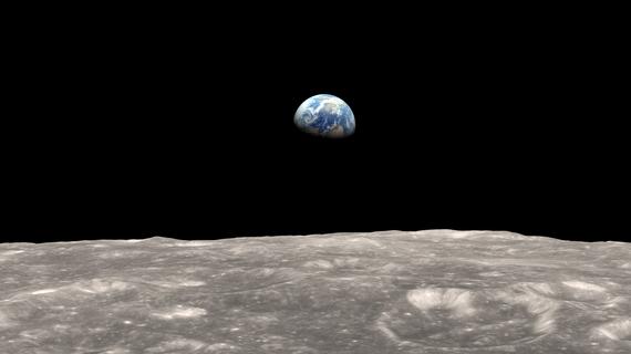 2016-10-28-1477671491-4098814-Earthrise.jpg