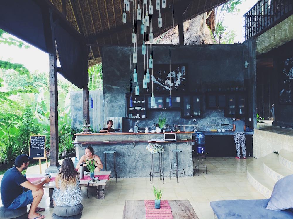 <small>インドネシア・バリ島のウブドの森の中にある、エコビレッジ。Wi-Fiはさくさくでした