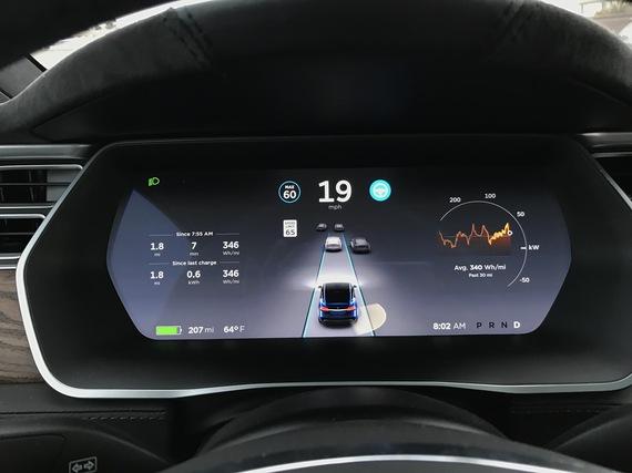 2016-11-03-1478131799-3986695-Tesla01.jpg