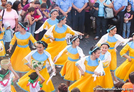 2016-11-03-1478184761-6518354-hpDancersataparadeinMatagalpaNicaragua.jpg