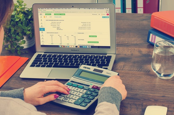 How To Track Your Invoices The Best Tools HuffPost - How to track invoices