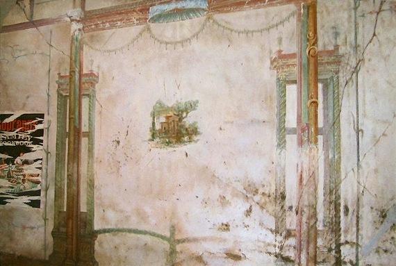 2016-11-05-1478370687-3881796-PompeiiMuralTagged.jpg