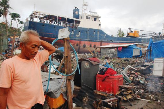 2016-11-07-1478535106-2249902-HaiyanShorelineBoats.jpg