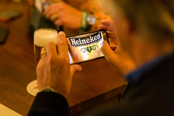 2016-11-10-1478790195-7937149-Heineken_Experience_Amsterdam_VIP_Tour_taking_photo.jpg