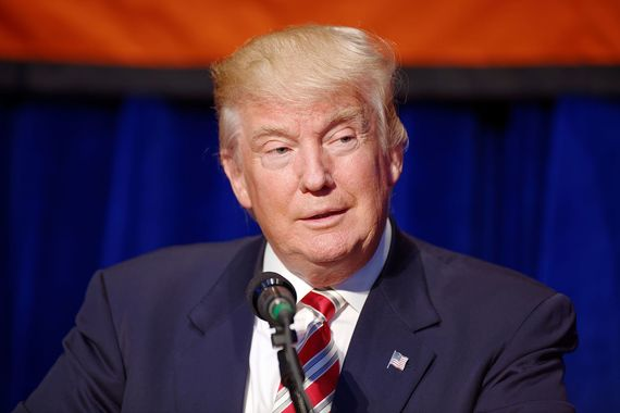 2016-11-10-1478792125-9589554-Donald_J._Trump_at_Marriott_Marquis_NYC_September_7th_2016_03.jpg