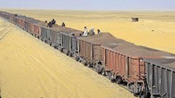 2016-11-11-1478866091-4465394-Mauritaniatrain.jpg