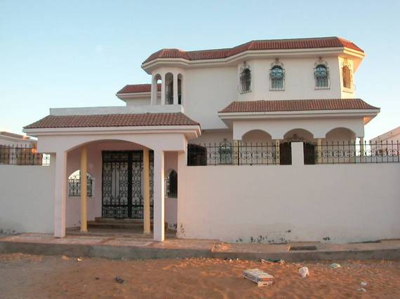 2016-11-11-1478867305-4417839-Mauritaniavilla.jpg