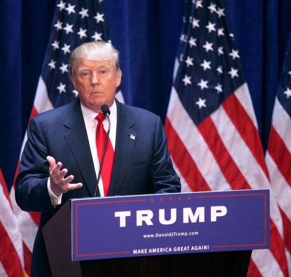 2016-11-11-1478889175-8202215-TrumpImmigrationCommentsBacklash.jpg