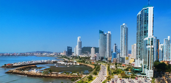 The Hub of the Americas is warm and sunny year-round, the U.S. dollar is the official currency, and this country boasts thousands of miles of beaches, both Pacific and Caribbean.
