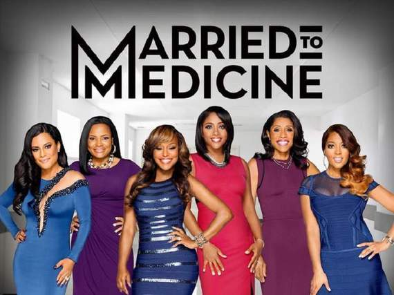 2016-11-18-1479437627-1124992-marriedtomedicineseason32.jpg