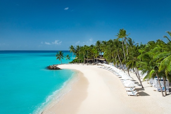 2016-11-22-1479828057-1228544-reethi_rah_maldives_overview.jpg