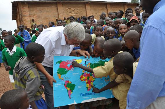2016-11-22-1479828402-2251804-Hilfsprojekt_Ruanda_Nyinawimana.jpg