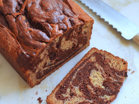 2016-11-26-1480164694-8060074-ChocolateMarbledBananaBread.jpg