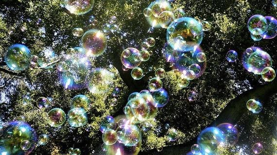 2016-11-30-1480469540-5906787-bubbles_620.jpg