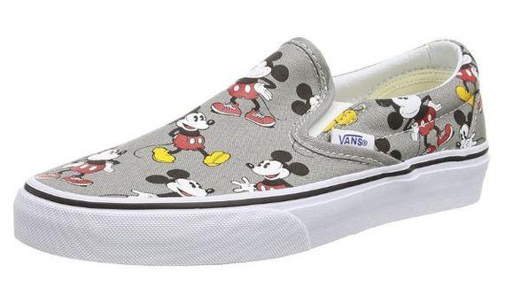 2016-11-30-1480540994-5776486-shoe.JPG