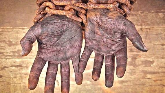 2016-12-02-1480656247-9030389-Slave.jpg