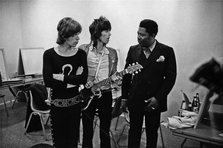 Rolling Stone Mick Jagger celebrates birth of 8th child