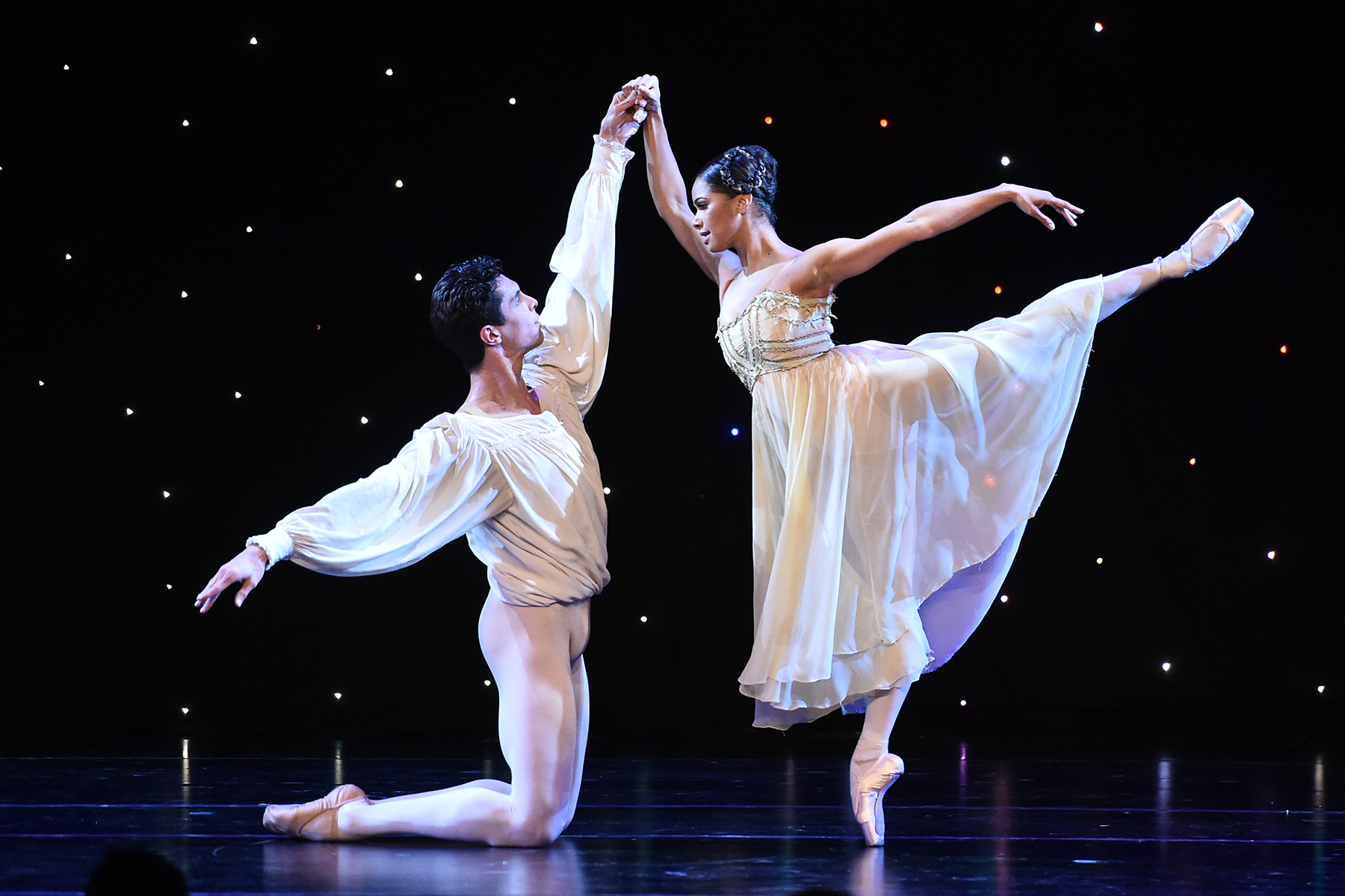 American Ballet Theatre Holiday Benefit Brings Dancers to ...