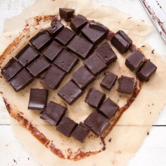 2016-12-07-1481118177-4031363-chocolatepeanutbutterfreezerfudgesocial.jpg