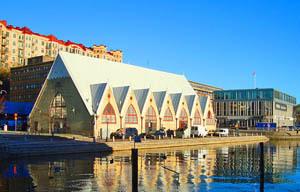 2016-12-08-1481226564-8977311-swedengothenburgfishmarket300px.jpg