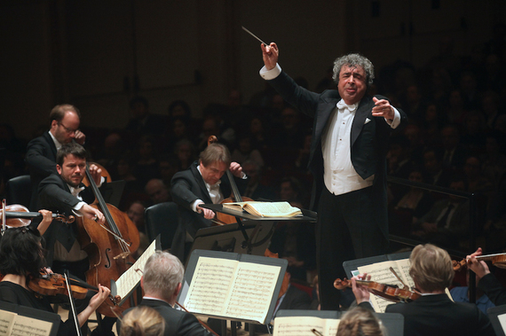 2016-12-08-1481227942-820501-Concertgebouw.jpg