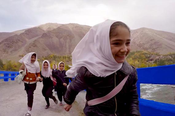2016-12-09-1481303077-6121782-UNDP_AF_Panjshir7_schoolgirls.jpg