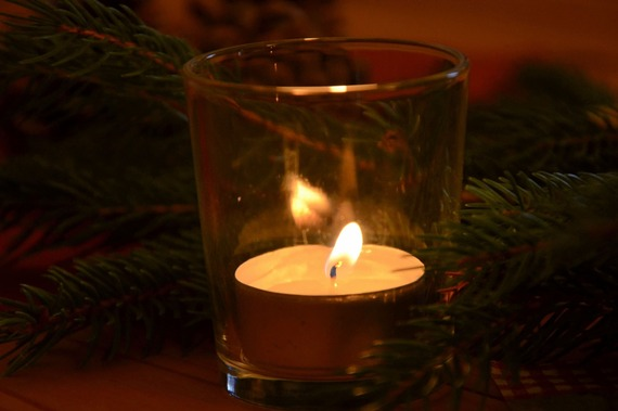 2016-12-13-1481658546-7791061-candles1843675_1280.jpg