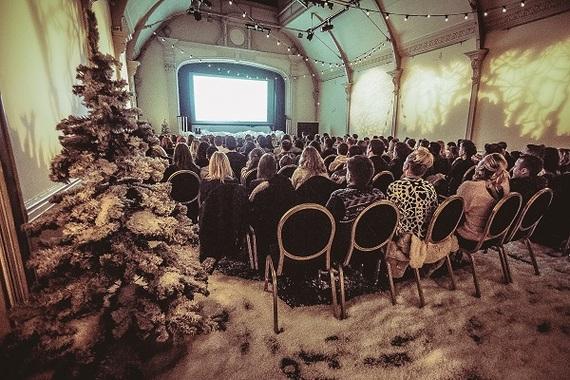 2016-12-14-1481718180-3540905-ChristmasPopUpScreen600.jpg
