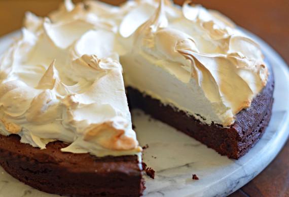 2016-12-16-1481856683-576890-FlourlessChocolateCake.jpg