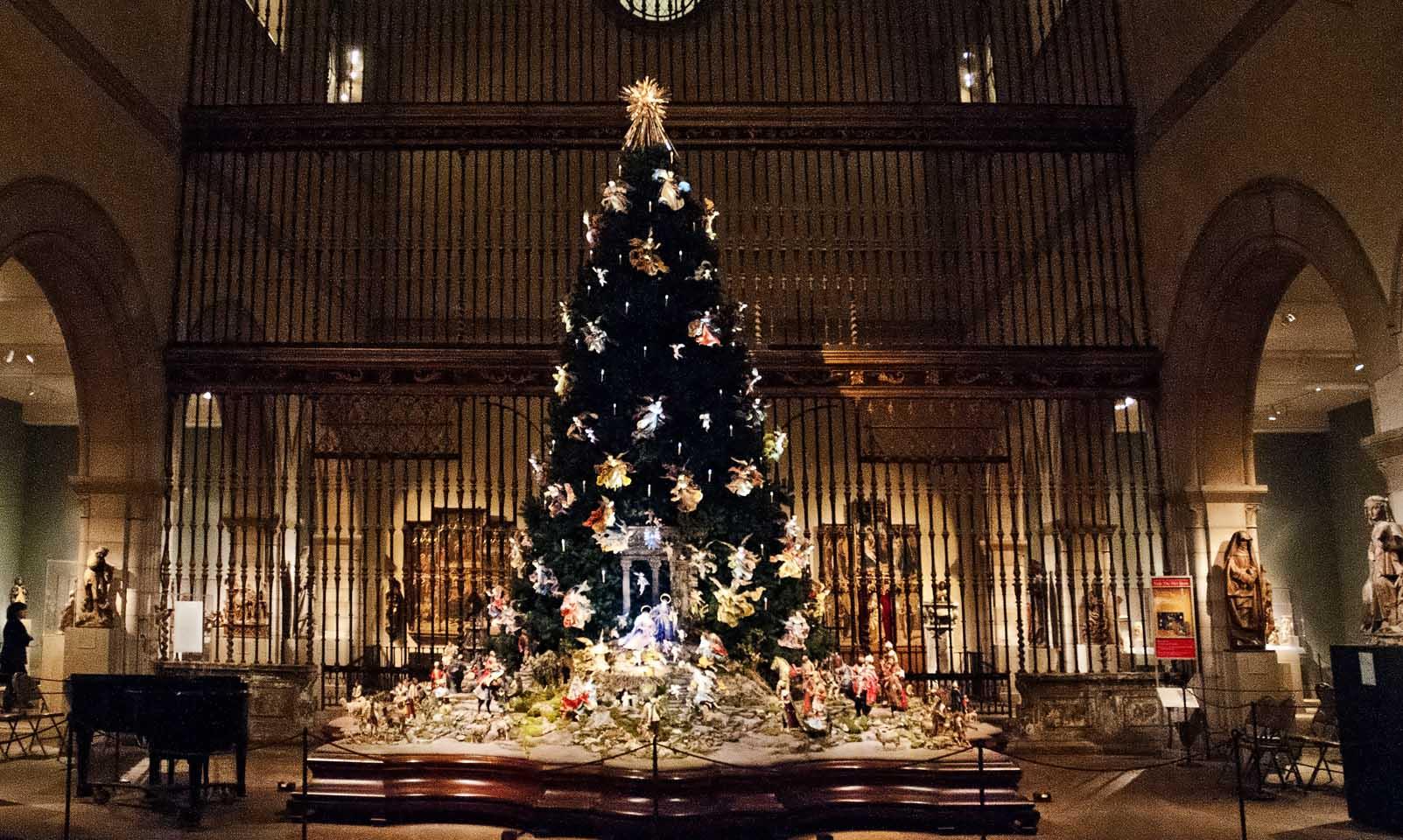 Christmas Tree That Plays Music