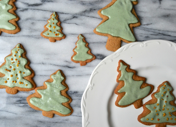 2016-12-19-1482117368-5602334-HolidayCoconutSugarCookies.jpg