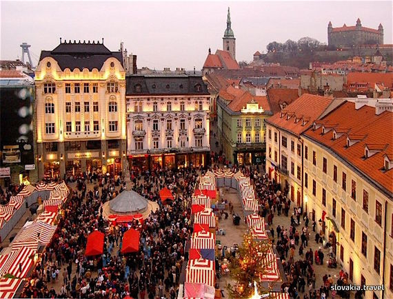 An Old World Christmas In Bratislava Slovakia Huffpost