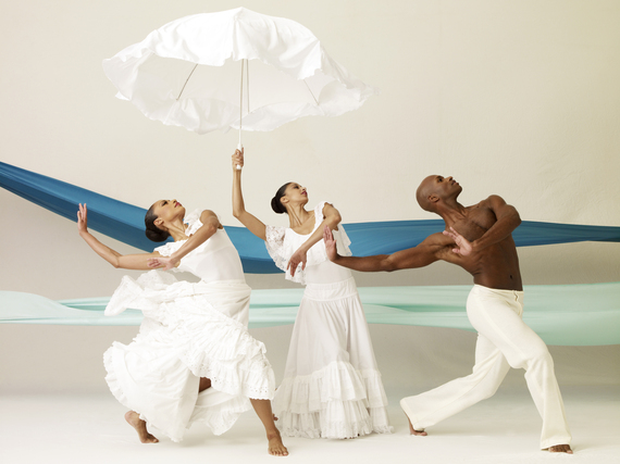 2016-12-21-1482355246-6682649-AAADT_s_Linda_Celeste_Sims_Alicia_Graf_and_Glenn_Allen_Sims_in_Alvin_Ailey_s_Revelations._Photo_by_Andrew_Eccles.2.jpg
