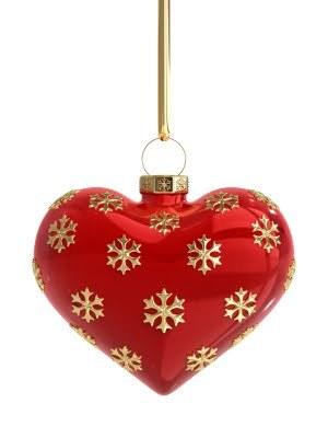 2016-12-27-1482860771-3999948-romanticchristmasheart.jpg