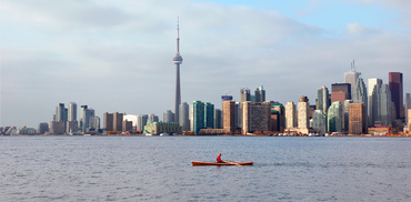 2017-01-04-1483559330-7258077-Toronto_skyline_toronto_islands_b.JPG