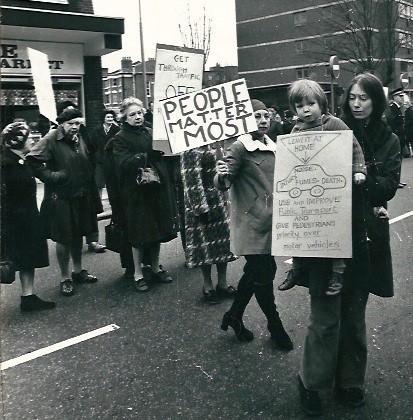 2017-01-05-1483619371-7900418-Protest.jpg