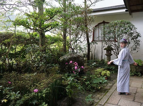 2017-01-06-1483676190-7479150-161028koyasanbuddhisttemplestayjapanmountkoyaguesthouse7.jpg