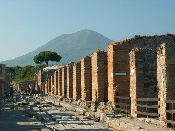 2017-01-10-1484040989-7919990-Pompeii.jpg