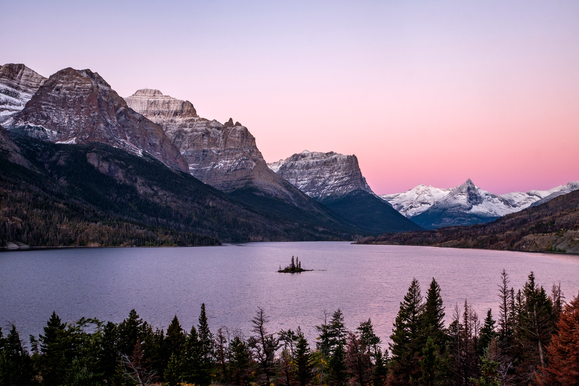5 Reasons to Visit Montana: Epic Hiking Trails in Glacier National ...