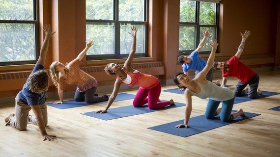 2017-01-14-1484410867-9874948-yoga2.jpg