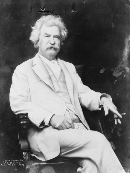 2017-01-23-1485198078-7697086-Mark_Twain_Cigar_wikimediacommons.jpg