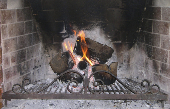 2017-01-27-1485550258-1464548-fireplace1223249.jpg